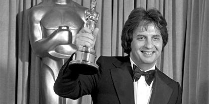 """Αντίο στον Michael Cimino, σκηνοθέτη του """"Ελαφοκυνηγού""""."""
