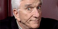 Απεβίωσε σε ηλικία 84 ετών ο αγαπημένος κωμικός Leslie Nielsen.