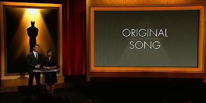 Oscars Race 2014: Το τραγούδι που δεν ήξερε κανείς και η αφαίρεση της υποψηφιότητας για Oscar